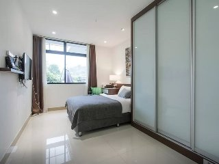 Master Room & private bathroom 3 in Terrace house
