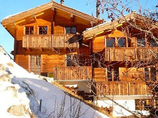 2 bedroom Apartment in Saas Fee, Valais, Switzerland : ref 2241749, Saas-Fee
