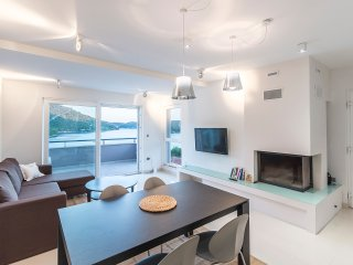Modern apartment Pasadur Lastovo w/ sea view