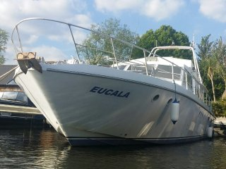"Luxury heated Motor Yacht ""Eucala"" at Riverscapes, East Molesey"