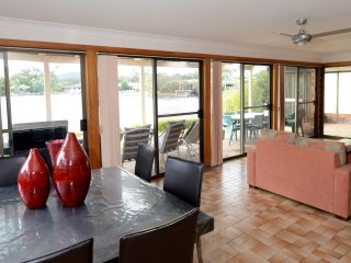 Elouera 25.  - Forster Keys Waterfront