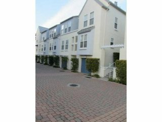 LOVELY 2 BEDROOM APARTMENT, Foster City