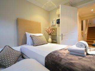 Albert Bridge Apartments - 3 Bedroom Townhouse (2), London