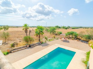 ES CANDILS - Villa for 8 people in Campos