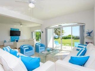 Villa Coralina in Puerto Morelos with amazing ocean view, Playa del Carmen