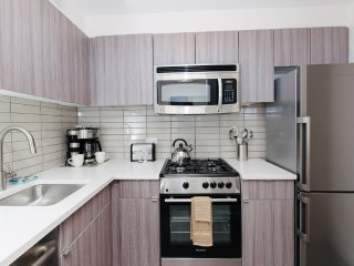 BEAUTIFULLY FURNISHED, CHARMING AND COZY 2 BEDROOM, 2 BATHROOM APARTMENT, New York City