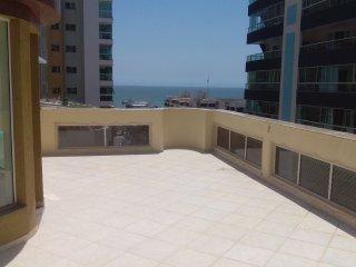Ótimo apartamento de 1 Quarto em Meia Praia, Itapema