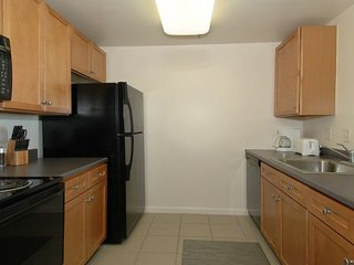 Furnished 1-Bedroom Apartment at Washington Blvd & 4th St Jersey City