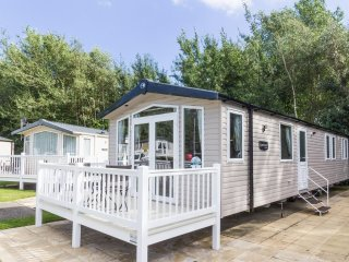 HHHV - 80009 Belfry Diamond Plus 6 Berth, Hopton on Sea