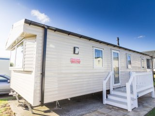 Ref  80032 Lansdown - 8 berth static caravan to hire with a  Part Sea view .