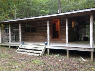 Guest Cabin with private secluded waterfall, Clinton
