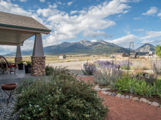 'The Fishing House' Buena Vista Home w/ Mtn Views!