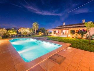 ARRELS - Villa for 6 people in sa pobla