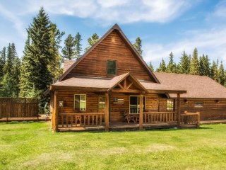 Creekside Cabin, Lead