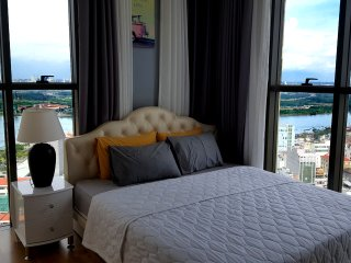 3BR&2BATH mini penthouse in Saigon /Rooftop pool, Ho-Chi-Minh-Stadt