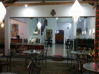 江湖之远华人客栈, Negombo