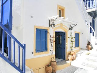 PETER'S ARHONTIKO AT MYKONOS TOWN