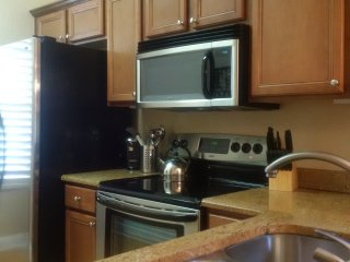 Regal Palms Largest 4 Bedroom End Unit - Sleeps10, Orlando
