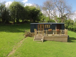 Beuno's Huts - Glamping in North Wales, Tremeirchion