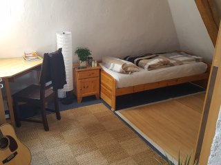 Cosy room in near center of munich!, Munich