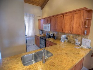 Renovated 3-Bedroom Condo with Central Air-Conditioning and an Ocean View!, Kihei
