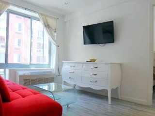 Lovely 2 Bedroom Apartment in New York - Sunny and Bright, Weehawken