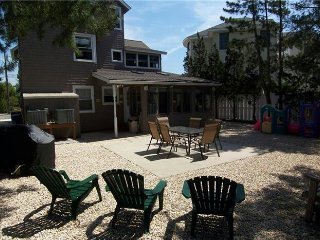 Lovely 5 bedrooms perfect for anything., Beach Haven