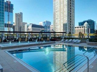 AMLI River North Luxury Apartments, Chicago