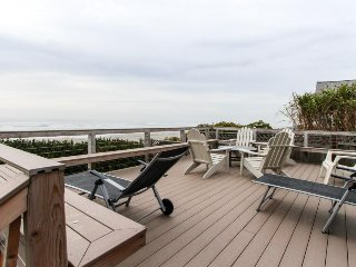 Oceanfront home w/ large, private deck, amazing views & stairs to the beach!