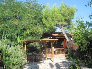 Casetta PeSy: chalet con piscina., Lecce