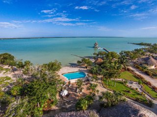 Beachfront Casita at Orchid Bay, Belize, Corozal, Corozal Town