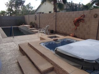 CASA CENTERRA 3B/2BA HOME WITH POOL AND SPA, Goodyear