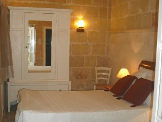 'MARIA' in the Heart of Vict Gozo - MARIAPARTMENT, Victoria