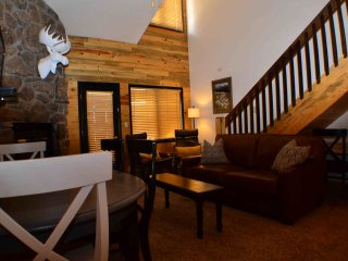 Spacious Ski Condo with Loft, Heated Pool & Hot Tubs, Fitness Room, Sleeps 10