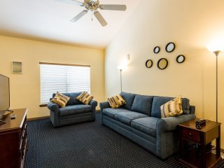 2nd Floor One Bedroom Runaway Beach Club Resort, Kissimmee