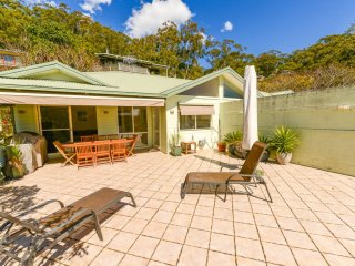 DAILY HEAVEN - Large Deck, Avoca Beach