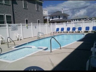 Wildwood Crest with Pool!!