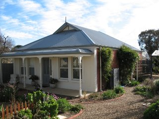 May Cottage, Normanville