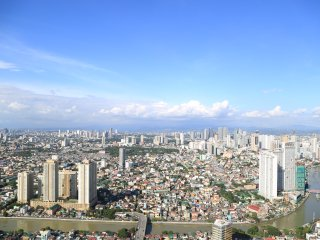 66th flr 2BR Unit at a Hi-End Residence in Makati