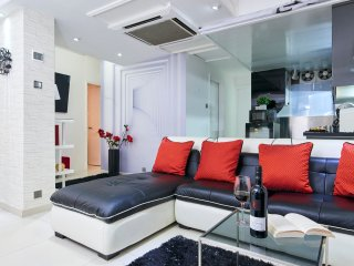 SUITE DREAMS *TST*3bed2bath*BEST LOCATION*BIG*CLEAN*EASY MTR*QUIET, Hong Kong