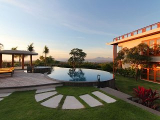 Huge Pool Villa Seaview 5BR
