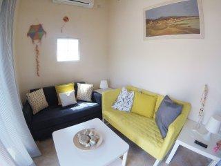 Arapakis apartment, Aegina Town