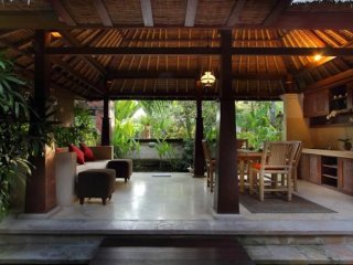 Balinese Bungalow 1BR near Canggu Beach