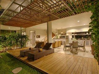 5 Bedroom Villa with Pool - The Poh Jimbaran