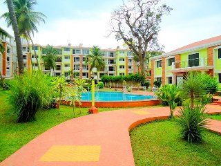 Cosy Apartment with pool in Candolim : CM007