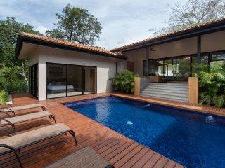 5 Bedroom Casual Luxury Indoor Outdoor