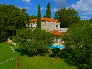 Villa Tereza - feel of nobility, Cilipi