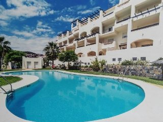 BRAND NEW 2 BED 2 BATH APT,  BALCONY & SEA VIEW, P, Puerto de la Duquesa