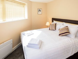 City Gate Suites - King size Apartment