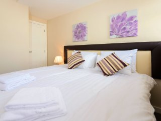 City Gate Suites - Double Or Twin Bed Apartment
